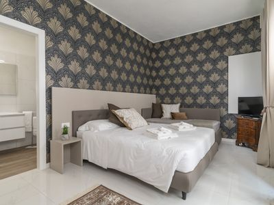 Photo for Room 1 - Grifoni Boutique Hotel - Bed&Breakfast for 3 people in Venecia
