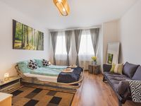 Great location, well-organised small apartment