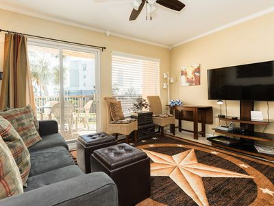 Photo for Freshly-updated dog-friendly home w/ shared pool, hot tub, & fitness room