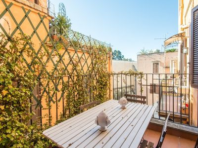 Photo for Apartment in the center of Rome with Internet, Air conditioning, Lift, Terrace (451758)