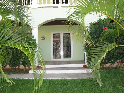 Photo for 2BR Condo Vacation Rental in West End, Roatan
