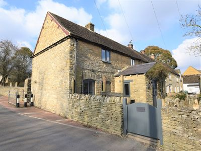 Photo for 2 bedroom Cottage in Stow-on-the-Wold - 58123