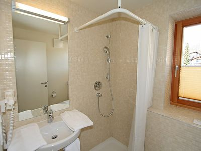 Photo for Apartment Haus Sonne in Zell am See - 8 persons, 3 bedrooms