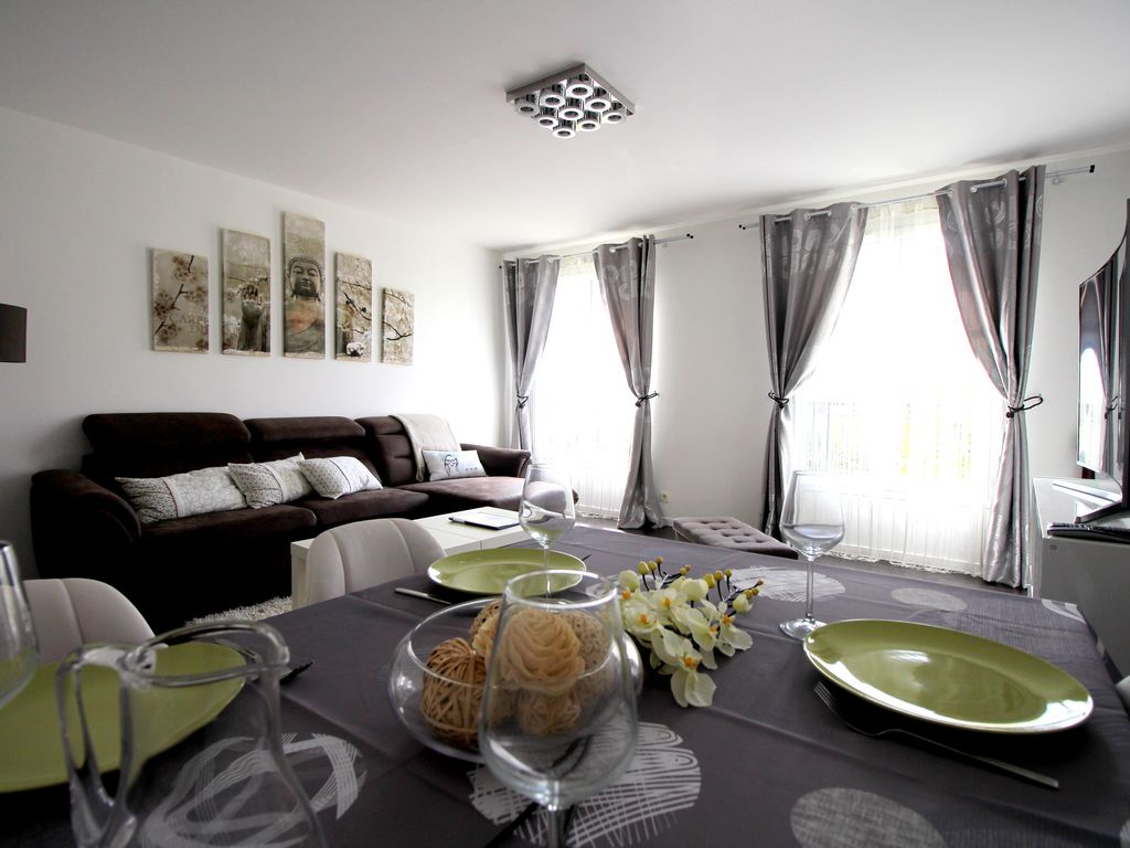 Amazing Property Image#5 Bright Apartment 6pax Square Elysées Val Du0027Europe  Disneyland 10min DANUBE Nice Look