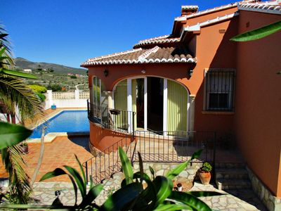 Photo for Well maintained villa with big private pool, garden, Wifi, in quiet location