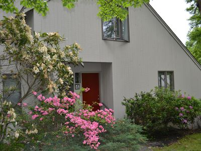 Photo for Beautiful 5 Bedroom on the Newport Line; Minutes to Beaches & Downtown Newport!