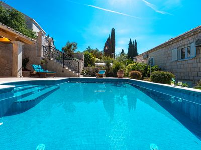 Photo for Luxury Villa Magnifique with 5 bedrooms and heated pool