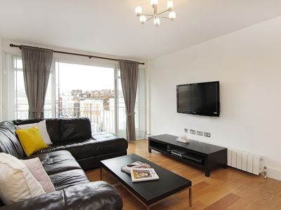 Photo for Spacious King Road Chelsea 3 Bedroom 2 Bathroom Apartment with Free WiFi