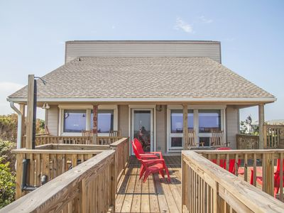 Photo for Spinnaker: 4 Bed/2 Bath Oceanfront Home with Expansive Views from Living Area