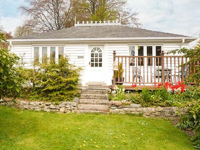 Photo for HOLLY COTTAGE, pet friendly in Strathpeffer, Ref 956920