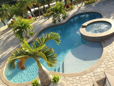 Times Square Gem!  Updated Home with Pool - Great for Large Families - Sleeps 12