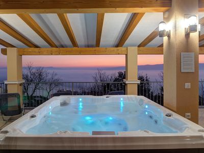 Photo for Holiday apartment modern Outfitted with sea view
