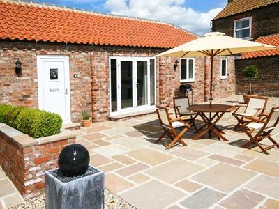 Photo for WINSALL COURT II, with a garden in Bridlington, Ref 948978
