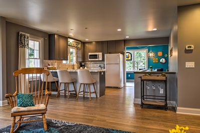 This vacation rental house is the perfect home base for exploring Harrisonburg.