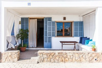 FRONT DOOR AND TERRACE FACE TO THE SEA