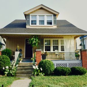 Entire Home in Charming Ferndale| 4 Bedrooms| Sleeps 12 Guests