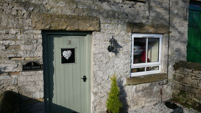 Photo for THE NOOK, a cosy 3 bed cottage, newly renovated & pet friendly in Tideswell