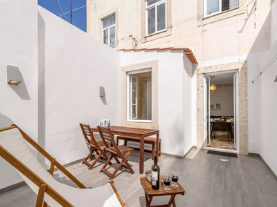 Photo for Lovely apartment with terrace