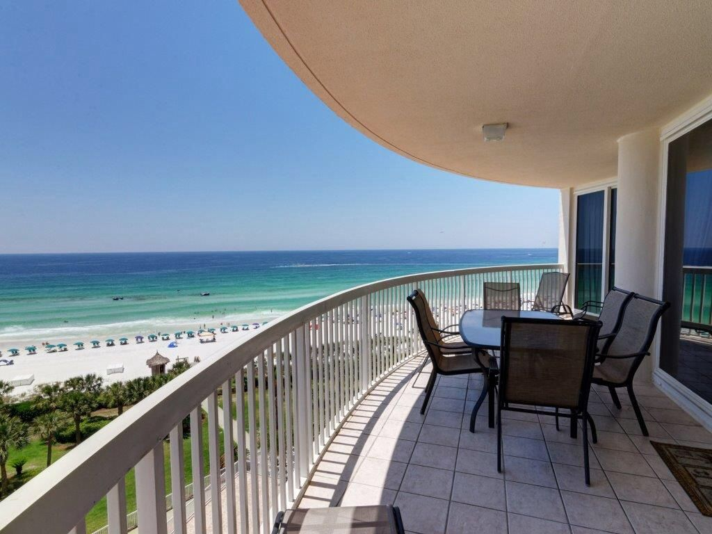 Beautiful Condo On The Beach With Breathtaking View