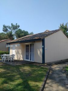 Photo for Villas du Lac 133 - Quality 2 Bed Villa on Cycling Routes SouthWest France Coast