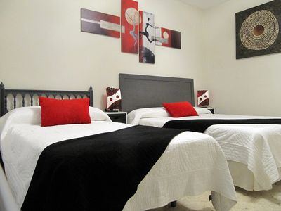Photo for FANTASTIC FLAT FOR 7 PEOPLE IN CORDOBA