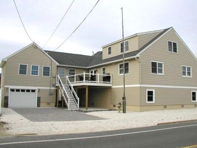 Multi family very large and spacious beach homeaway for Multi family beach house rentals