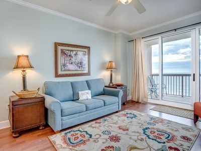 Photo for Welcoming 12th-floor condo! Stunning views of the Gulf of Mexico! Washer/dryer in-unit! Free Wi-Fi.