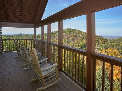 Photo for Smoky Mountain Views 1BR/2BA Cabin close proximity to Pigeon Forge, Dollywood,