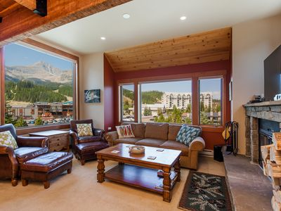 Photo for Dunn's Den • Ski-in/Ski-out Arrowhead Chalet • Easy walk to Big Sky Resort!
