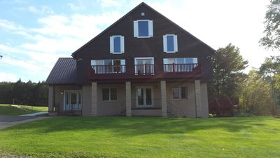 Private Country Inn located on the beautiful Chetremon Golf Course