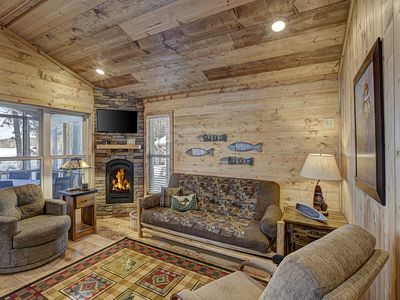 Photo for New Luxury Year Round Lakefront Cottage