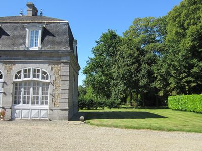 Photo for Holiday home in Normandy with authentic character, swimming pool and nice garden
