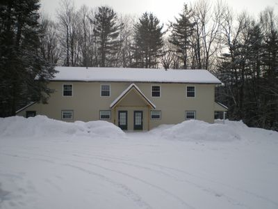 Photo for Completely renovated 2 bedroom 1 bath condo. style units. Route 100 sleeps 5