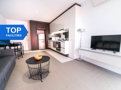Photo for Contempo CBD Suites with POOL, GYM + FREE WiFi