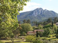 A Perfect Stay for Summer in Provence
