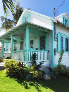 Photo for Palm Cottage: 3 Bedroom, 1.5 Bath Historic Beach Cottage, 2 min walk from beach!