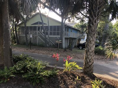 Photo for Adorable HHI Beach Bungalow/NFB-2nd Row