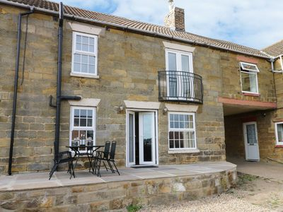 Photo for RAW PASTURES, family friendly, with a garden in Whitby, Ref 913267