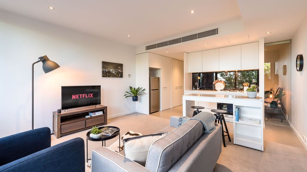 Modern 1 bed in the heart of Richmond - close CBD