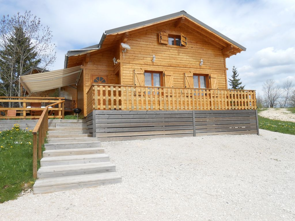 location chalet jura saint laurent en grandvaux