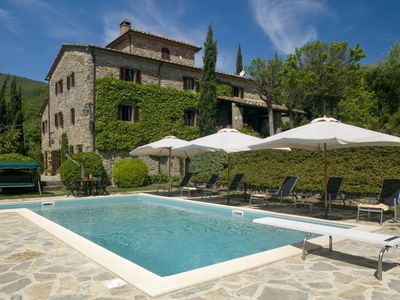 Photo for Fonte Vecchia Medieval Farmhouse for 8 Guests with lovely Private Pool