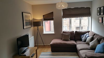 Photo for Bright Sunny Holiday apartment in Wapping (Zone 1/2 border)