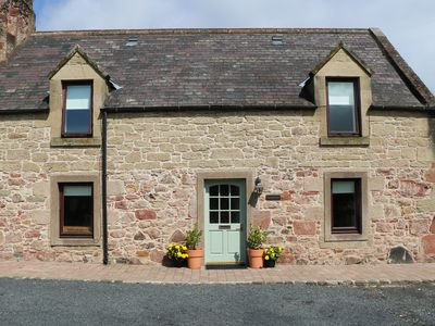 Photo for SOUTHFIELD COTTAGE, pet friendly in Chirnside, Ref 962915
