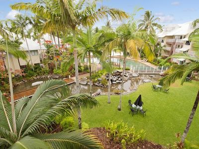 Photo for Apartment in the center of Trinity Beach with Pool, Air conditioning, Parking, Balcony (676356)
