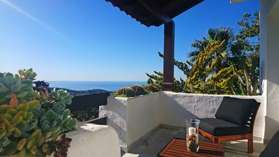 Photo for Apartment with pool and sea views