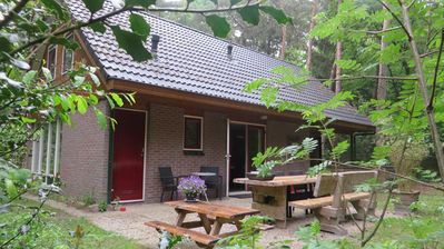 Photo for Holiday home, WIFi, large woodland garden, parking, nature, pet welcome
