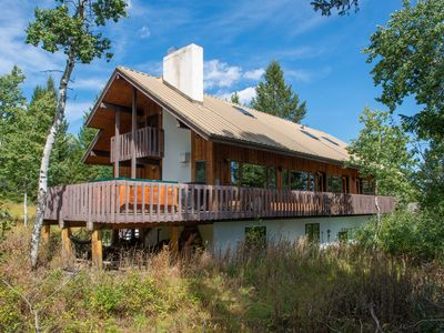 RMR: Classic Ski Chalet with Lots of Room