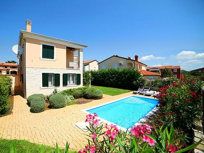 Photo for Very beautiful stone house with swimming pool and garden in Istria for 8 persons