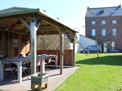 Photo for Spacious accommodation with bar and spacious garden with covered terrace