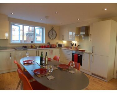 Photo for Penthouse with Terrace - Basingstoke